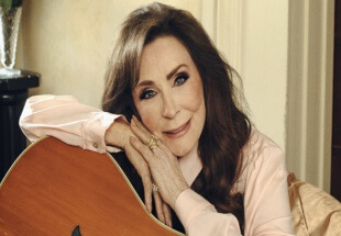 Loretta Lynn Revisits Old (And New) On Wouldn't It Be Great