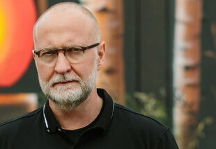 Bob Mould Takes Over The Colorado Sound