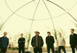 "Wilco's ""Everyone Hides"" Takes Listeners On A Magic Ride"