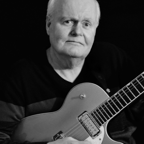 Pete Carr, April 22, 1950 – June 27, 2020. was an American guitarist who worked with Joan Baez, Bob Seger, Joe Cocker, Boz Scaggs, Paul Simon, The Staple Singers, and many more.
